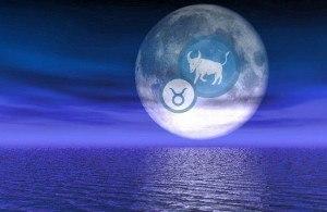 Luna Plina in Taur
